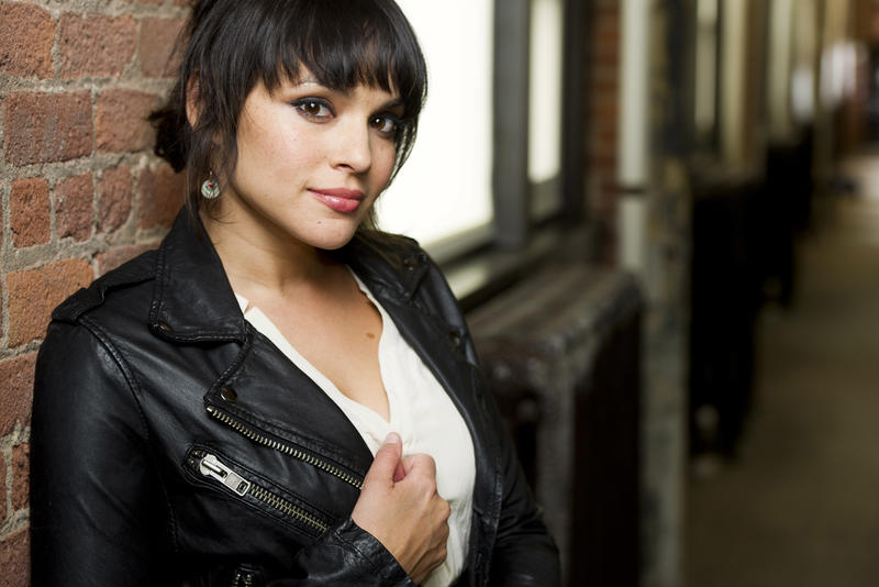"<a href=""http://popcultureblog.dallasnews.com/files/2012/06/NORAH_JONES_PORTRAITS_24524497.jpg"">Dallas News</a>"