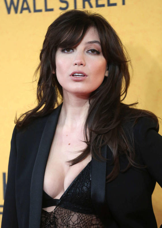 "<a href=""http://wallpaperspicturesphotos.com/wp-content/uploads/2015/02/Daisy-Lowe-The-Wolf-of-Wall-Street-Premiere-08.jpg"">Wallpapers Pictures Photos</a>"
